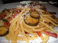 Bucatini speck e zucchine