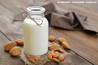 min-latte-di-mandorle-1.jpg
