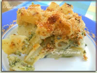 Mezzi rigatoni con broccoli e crema di gorgonzola