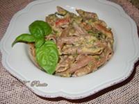 Pasta con zucchine, pomodorini e ricotta