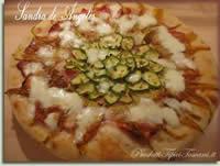 Pizza fiori di zucca e zucchine
