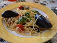 Spaghetti con cozze e pachino