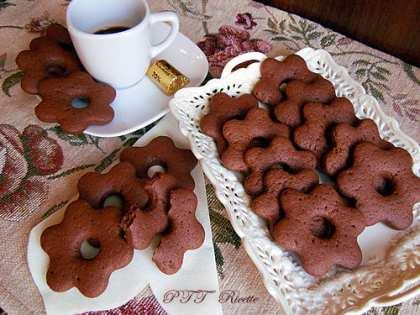Biscotti friabili al cacao