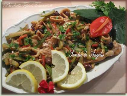 Filetto di persico con calamari e verdure