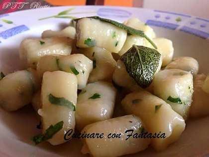 Gnocchi di patate aromatizzati al prezzemolo e salvia