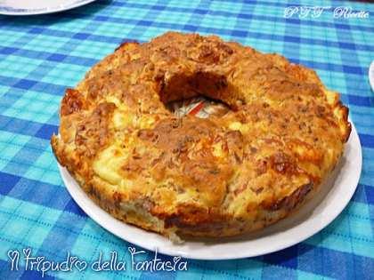 Babà salato con prosciutto, formaggio e mozzarella