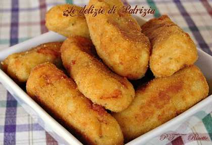 Bastoncini di patate e salmone