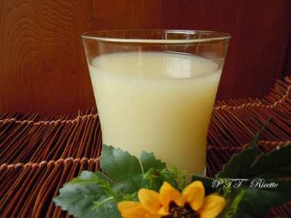 Bevanda di riso al limone senza lattosio
