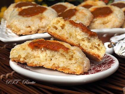 Biscotti cocco e confettura