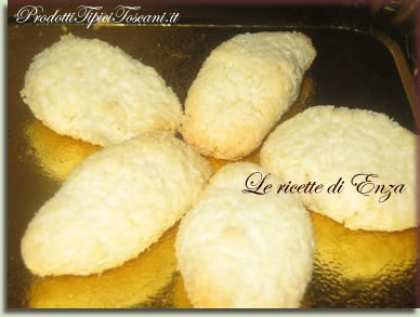 Biscotti con cocco e mandorle