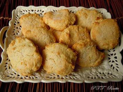 Biscotti da latte al limone