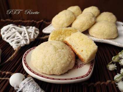 Biscotti morbidi senza glutine al cocco