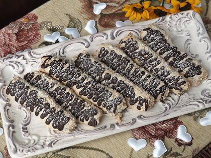 Biscotti senza glutine al cocco e cioccolato