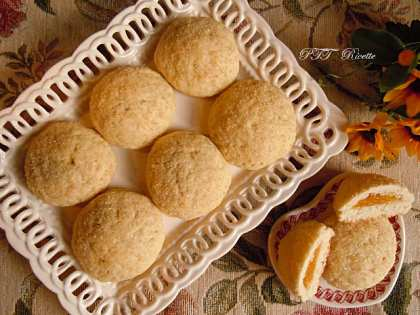Biscotti vegani ripieni di marmellata