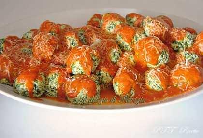 Bocconcini di ricotta e spinaci (saltimbocca alla sarda)