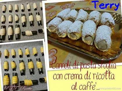 Cannoli di pasta sfoglia con crema di ricotta al caffè
