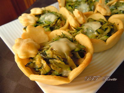 Cestini di pasta brisée con zucchine