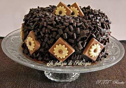 Cheesecake di ricotta con cacao e gocce di cioccolato al forno