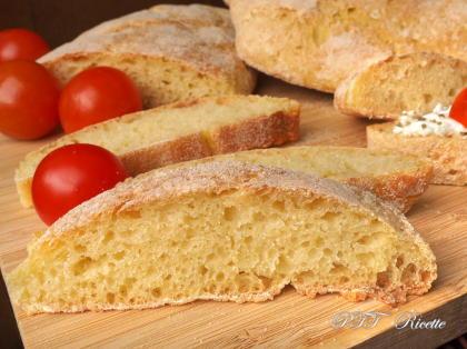 Ciabattine di pane di grano duro senza impasto