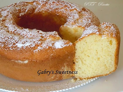 Ciambella con yogurt soffice