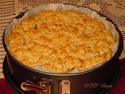 Crostata senza burro ripiena di mele e cioccolato