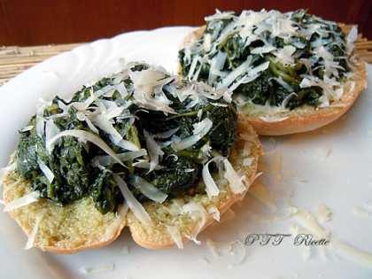 Frisella con spinaci