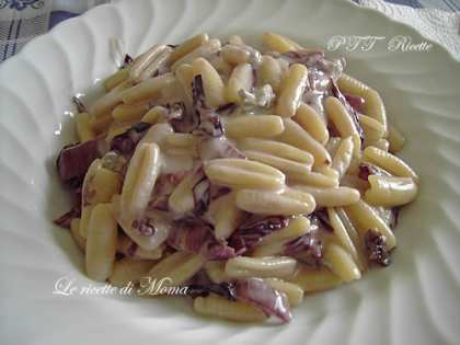 Gnocchetti sardi con radicchio e gorgonzola