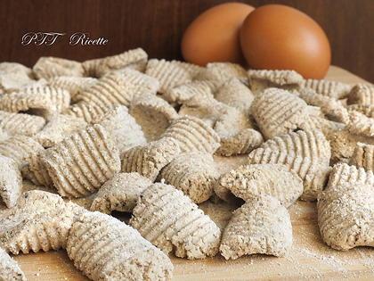 Gnocchi di grano saraceno con albumi