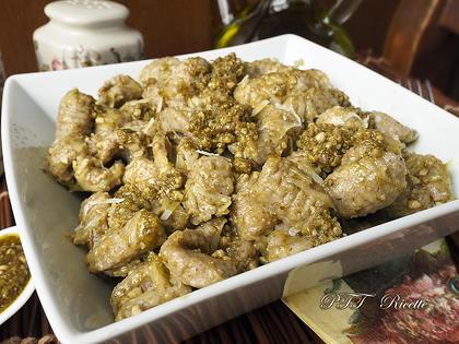 Gnocchi di grano saraceno con pesto, parmigiano e pepe