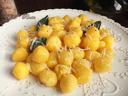 Gnocchi di polenta burro e salvia