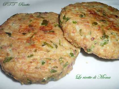 Hamburger di pollo e rucola