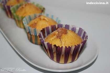 Muffin alla confettura di ciliegie