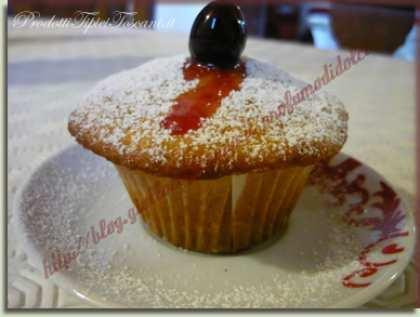 Muffin alle amarene sciroppate