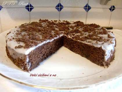 Pan di Spagna al cacao con glassa