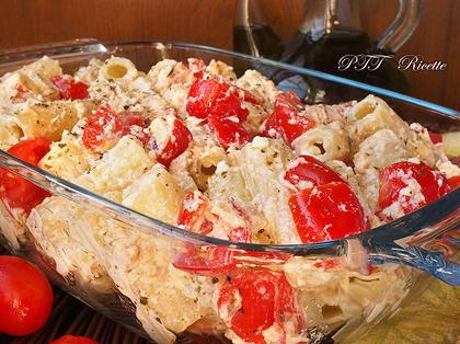Pasta fredda con tonno, ricotta e pomodorini