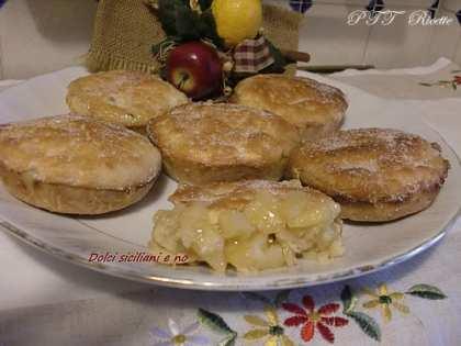 Piccole Apple Pie di frolla