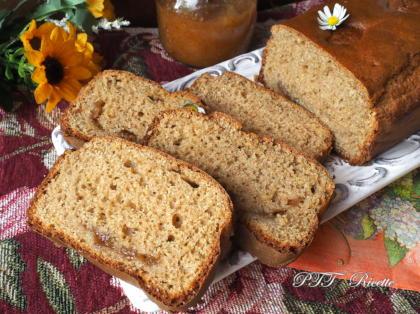 Plumcake con farina di farro, al limone e senza zucchero