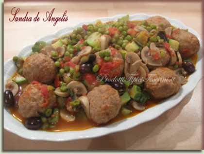 Polpette con ortaggi e olive di Gaeta