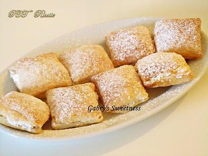 Quadrotti di pasta sfoglia crema e panna