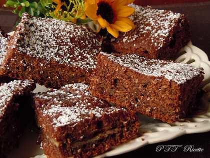Quadrotti di tortina al cacao
