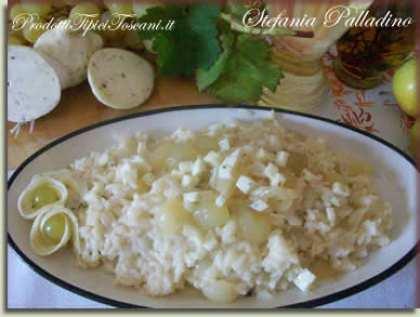 Risotto con uva e mozzarella al tartufo