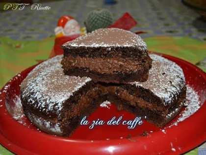 Torta al cacao con mousse al cioccolato