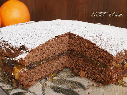Torta al cacao senza glutine con marmellata