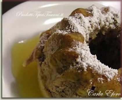 Torta di noci con salsa d'arancia e Mandarinetto