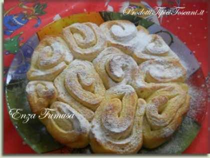 Torta di rose con crema di burro