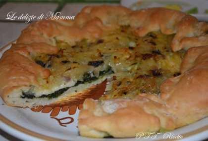 Torta di spinaci, formaggio e patate