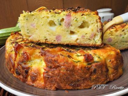 Torta di zucchine con cotto e formaggio