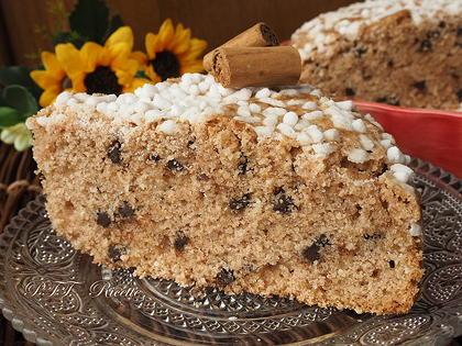 Torta dietetica alla cannella, con cocco e cioccolato