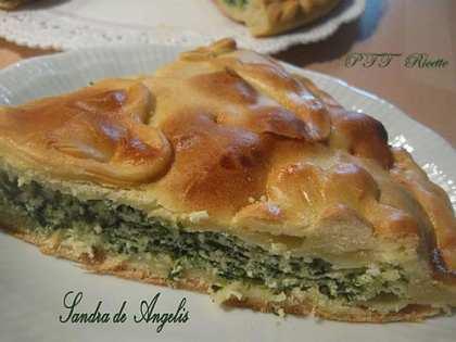 Torta farcita con ricotta, spinaci e asiago