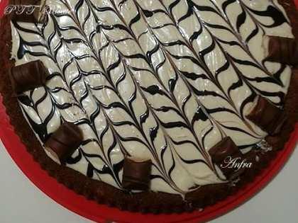 Torta Kinder Bueno al cioccolato